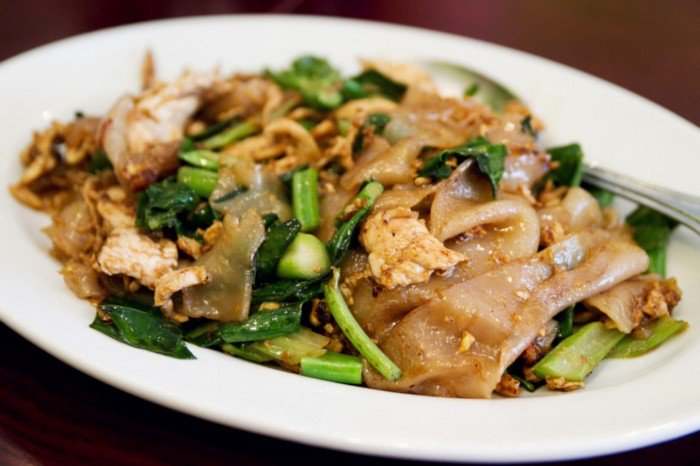 Pad See Ew Stir-Fried Noodles with Soy Sauce Thailand