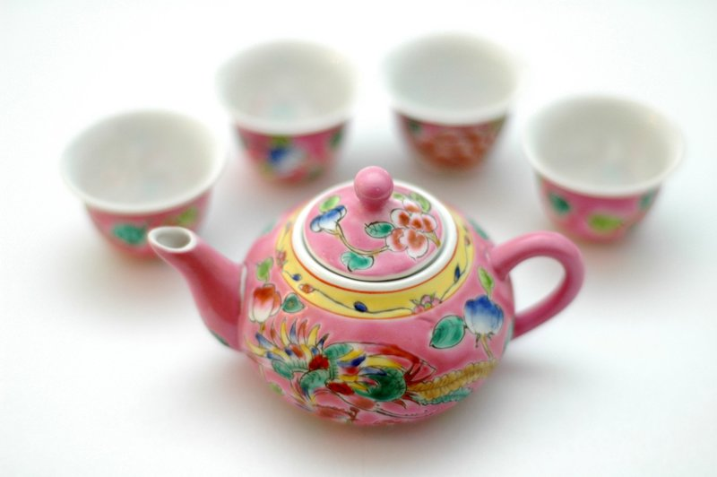 Peranakan teapot set Singapore