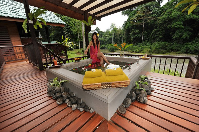 Malte Blas - Hotels for Couples in Asia - Borneo Rainforest Lodge