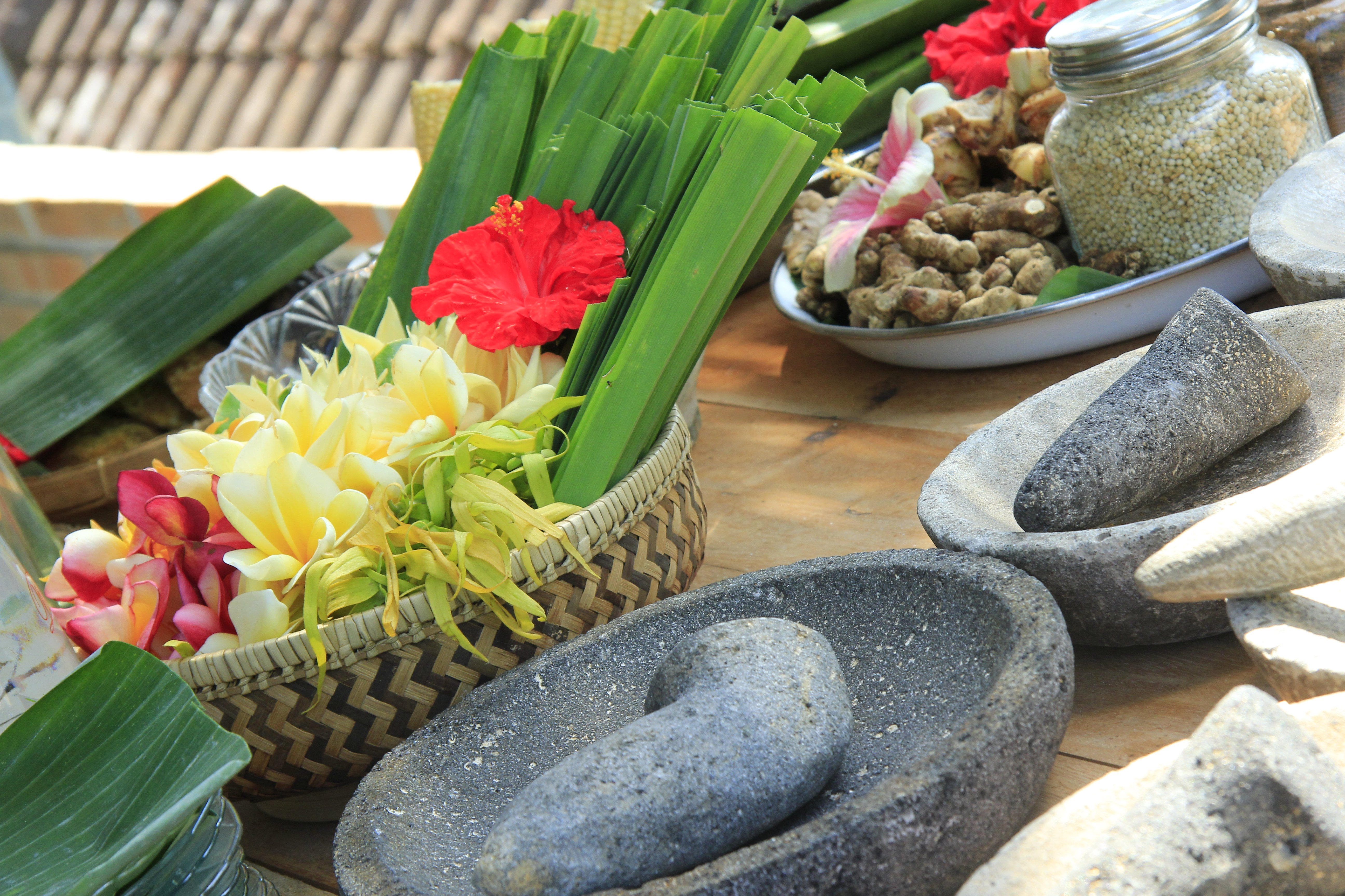 wellness travel in Asia-indonesian herbal remedies