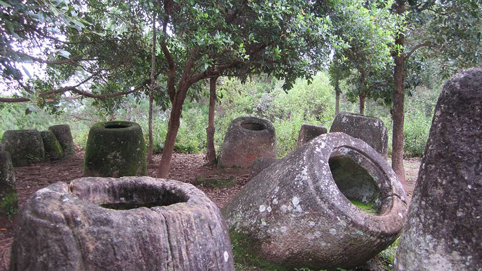 Malte Blas - Mysterious Sites in Asia - Plain Of Jars