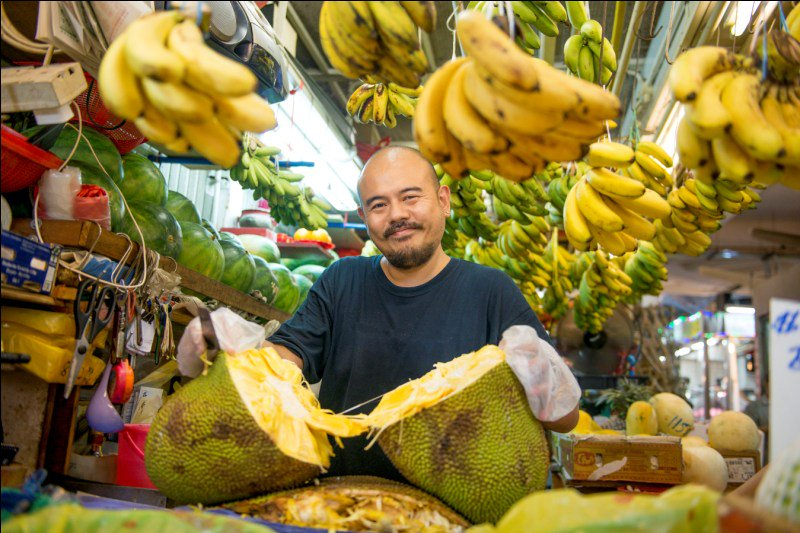 how to haggle in asia - durian